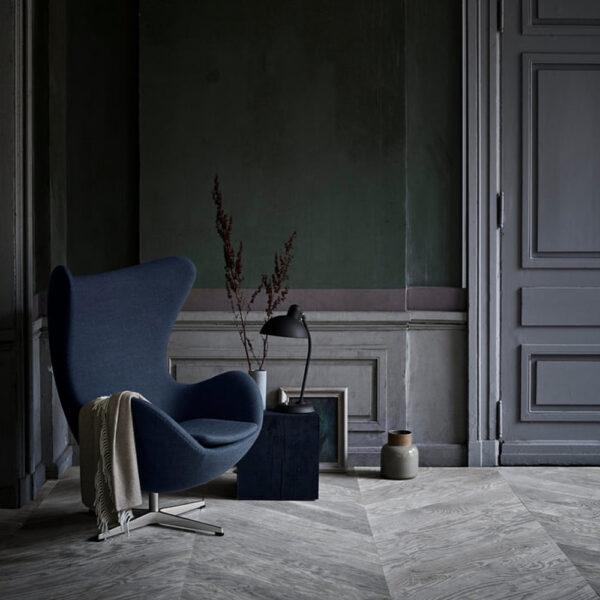Arne-Jacobsen-Egg-Chair-Blue